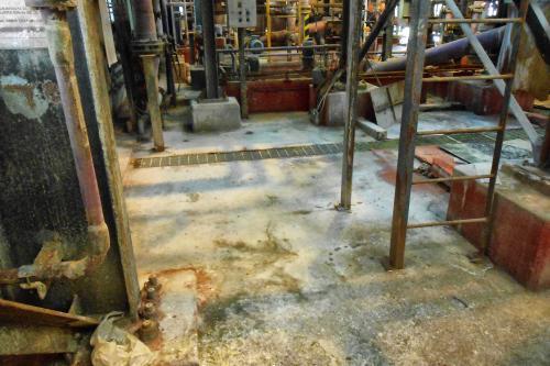 Reparación y protección de cubeto en la sección de electrocincado - Estado inicial