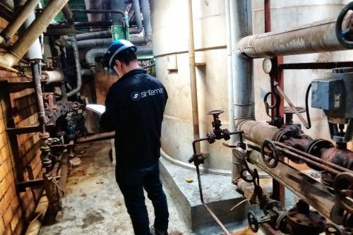 Reparación y protección de cubeto de contención con ácido clorhídrico - Estado inicial