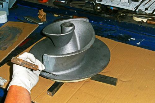 Reconstrucción del impulsor mediante soldadura en frío con DEVCON Pasta Titanio