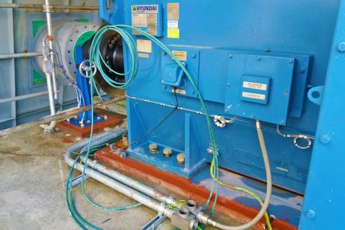 Detalle del grouting y taqueado del motor y apoyo del ventilador