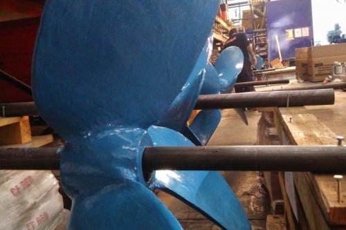 Reparación de hélices de agitadores con DEVCON Pasta Titanio y Cerámico