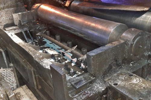 Hormigón de soporte danado con agua emulsionada