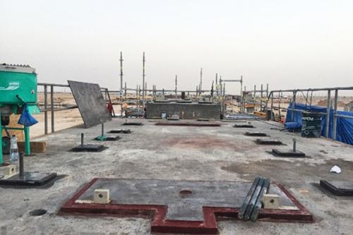 Instalación de turbina y generador Siemens en placas base