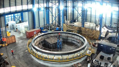 Construcción del soporte del telescopio más grande del mundo